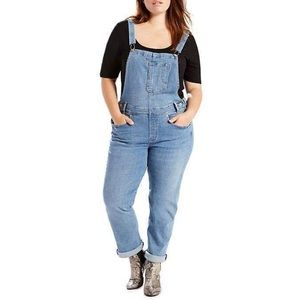 Levi's Cropped Overalls